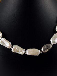 Perlenkette, 70 gramm, mit silber, grosse längliche perlen