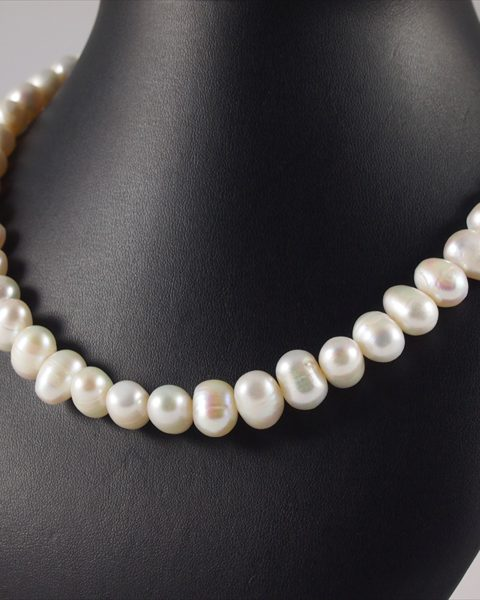 perlenkette, 85 gramm, regelmässige perlen, elegantes design