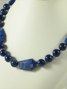 Lapis Lazuli kette, 101 gramm, mix-qualität und form, design