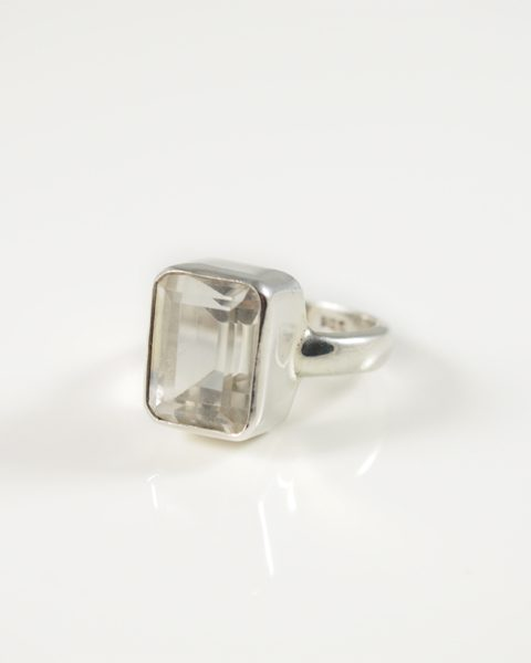 Bergkristall Ring facettiert Wien