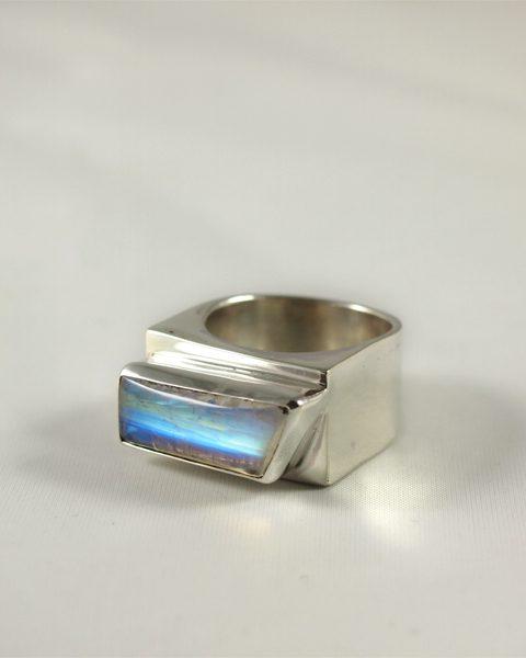 Regenbogenmondstein Ring in Silber 925