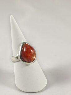 Sonnenstein Ring in Sterling Silberfassung