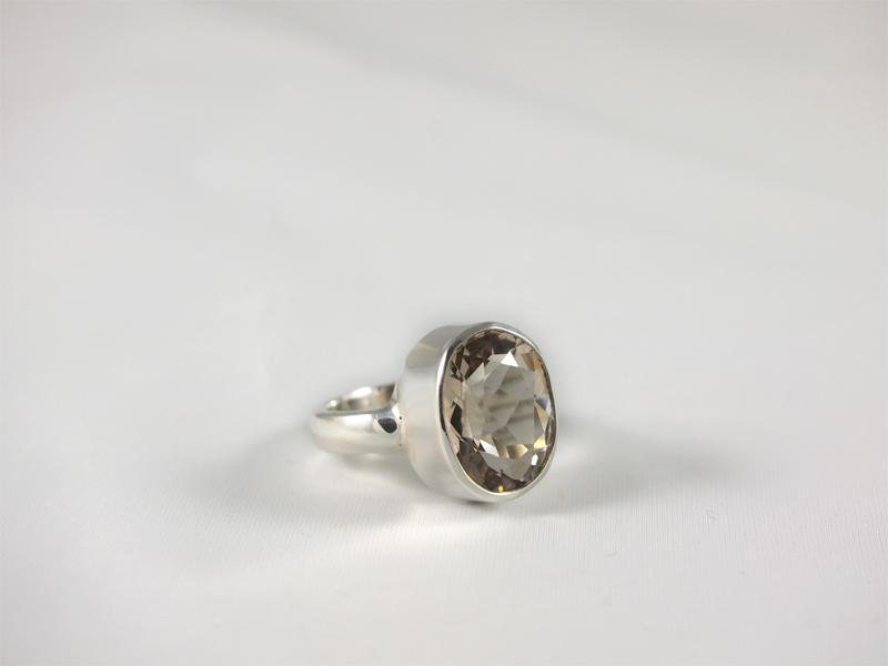 facettierter Bergkristall in 925 Silber Singer Wien