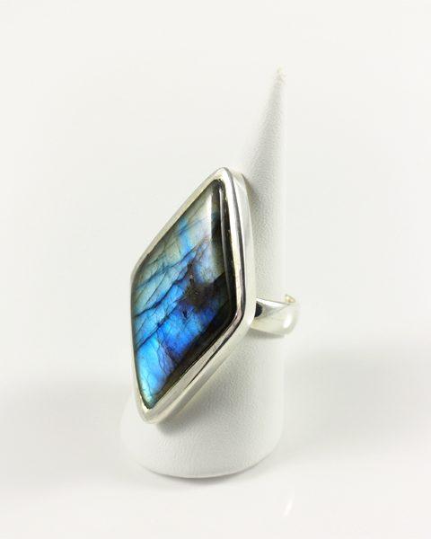 Labradorit Ring, 15,9 gramm, rautenform,kräftiges blau,