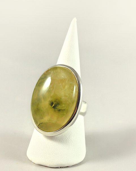 Prehnit Ring, 16, 5 gramm, Australien, mit einschlüssen
