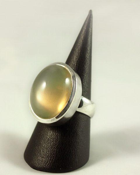 Mondstein Ring, 18 gramm, indien, grau braun, oval