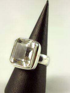 Rutilquarz Ring, 12 gramm, zarte nadeln, facette, quadratisch