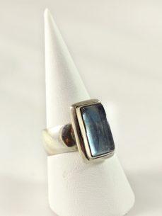 Aquamarin Ring, 8, 4 gramm, blaue transparenz, gute qualität, länglicher stein