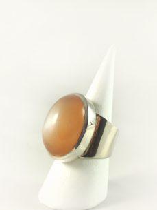 Mondstein Ring, 17, 5 gramm, ova, breiter steg, braunorange