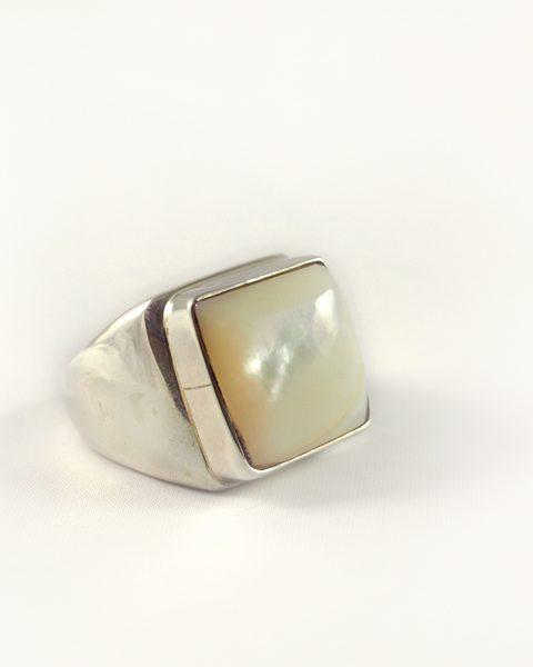 Perlmutt Ring,22,8 gramm, breiter steg, massiv, quadratisch