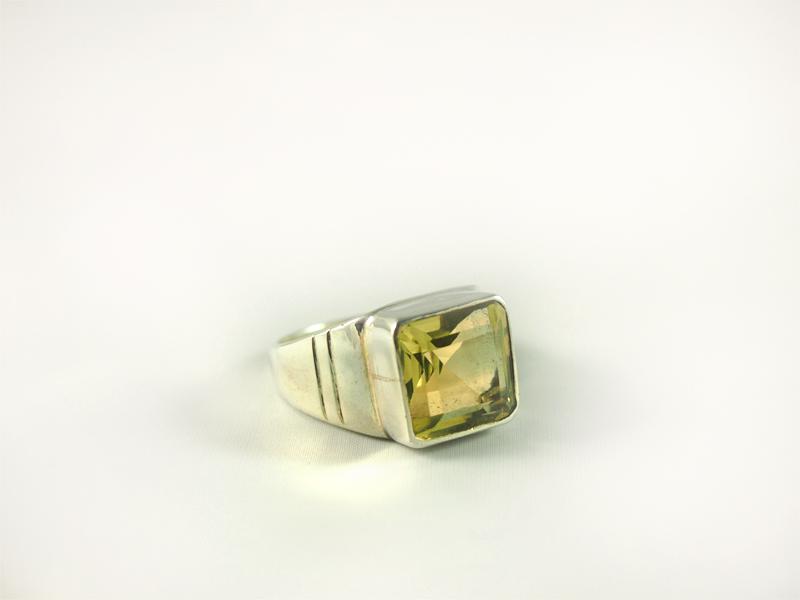 Zitrin Ring, 10,8 gramm, gelb grün, breiter steg, schliff