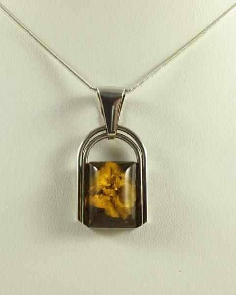 Bernstein Anhänger, 4,1 gramm, dunkel, kleiner anhänger, amber