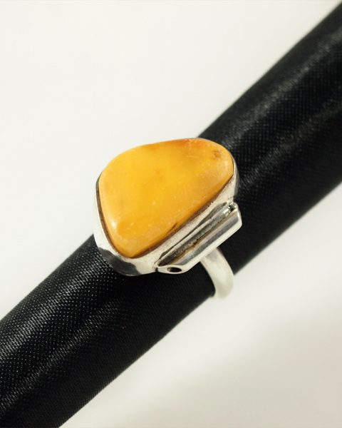Bernstein Ring, 7,3 gramm, butterscotch farbe, zilesiert