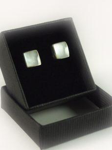 Perlmutt Ohrstecker Silber, 2,1 Gramm, Quadratisch