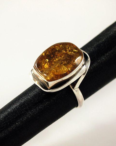 Bernstein Ring, 6,5 gramm, free form, lebendig