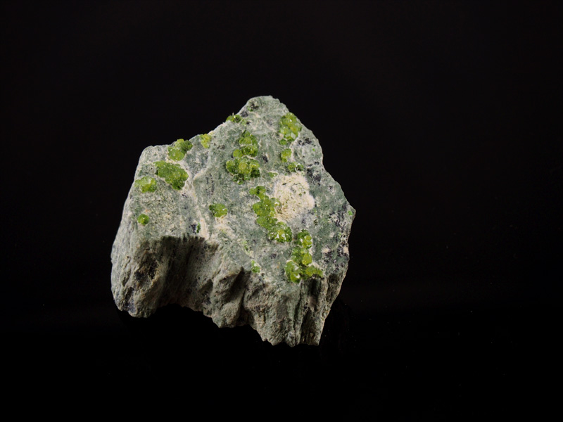 Dematoid, grüner Andradid, Val Malenco Italien