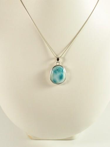 Larimar, Atlantistein, klein, schöne wolken, kräftiges helles blau, silber, oval